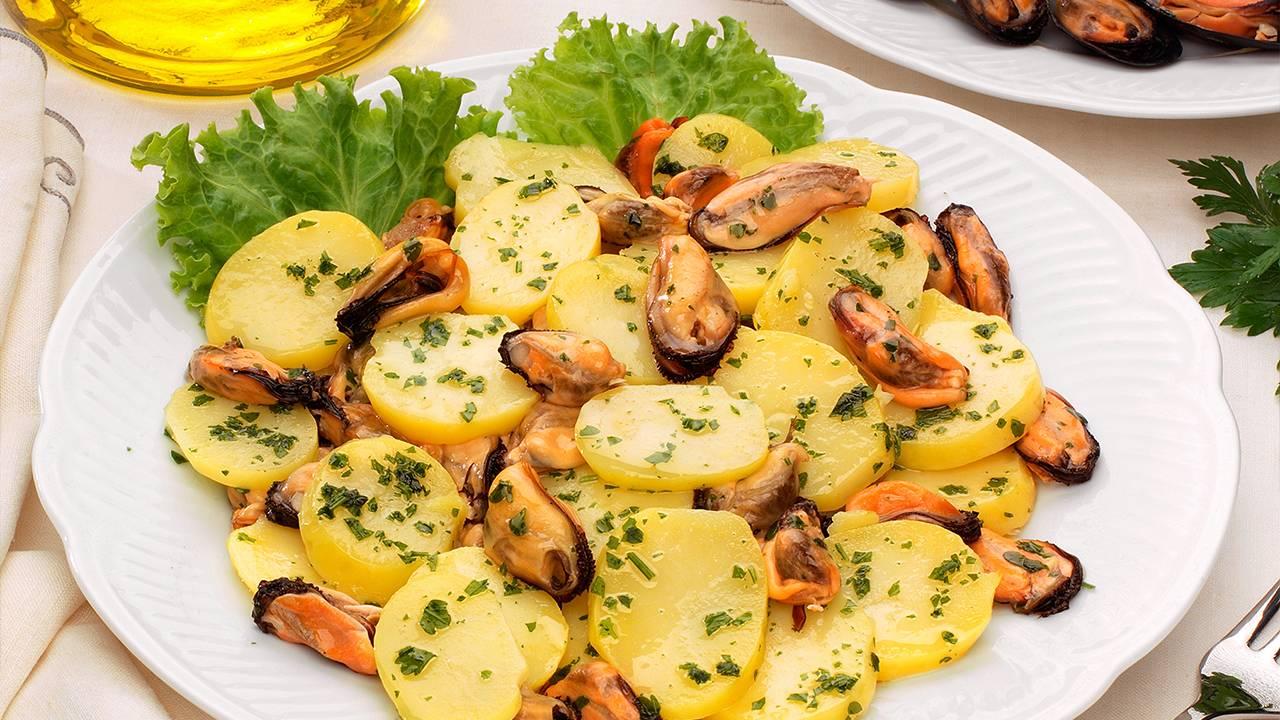 Antipasto di patate e cozze