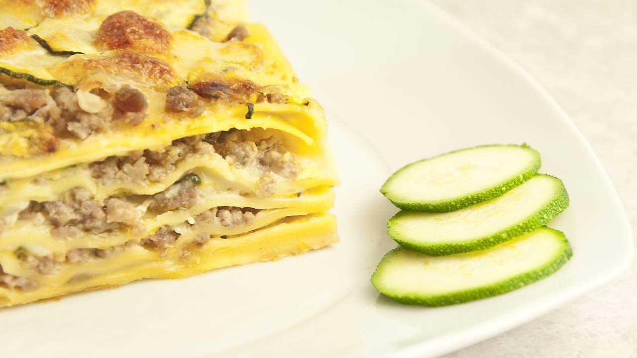 Lasagna con besciamella e zucchine