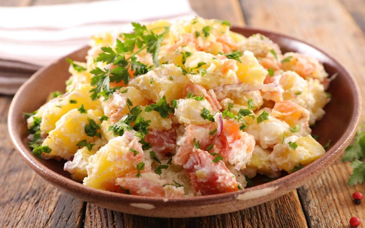 patate condite con prezzemolo FOTO ricettasprint