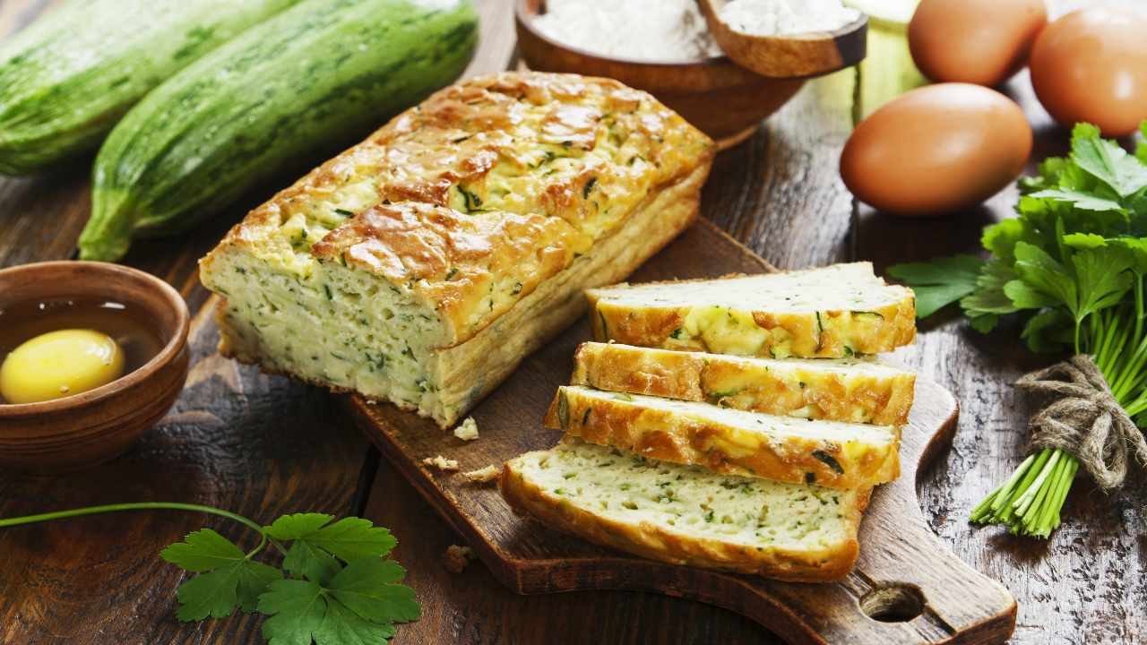Torta salata con pesto