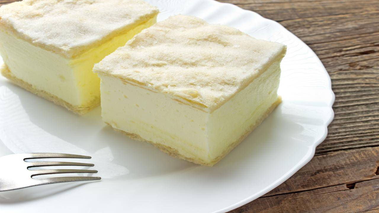 Dessert sfogliati con crema