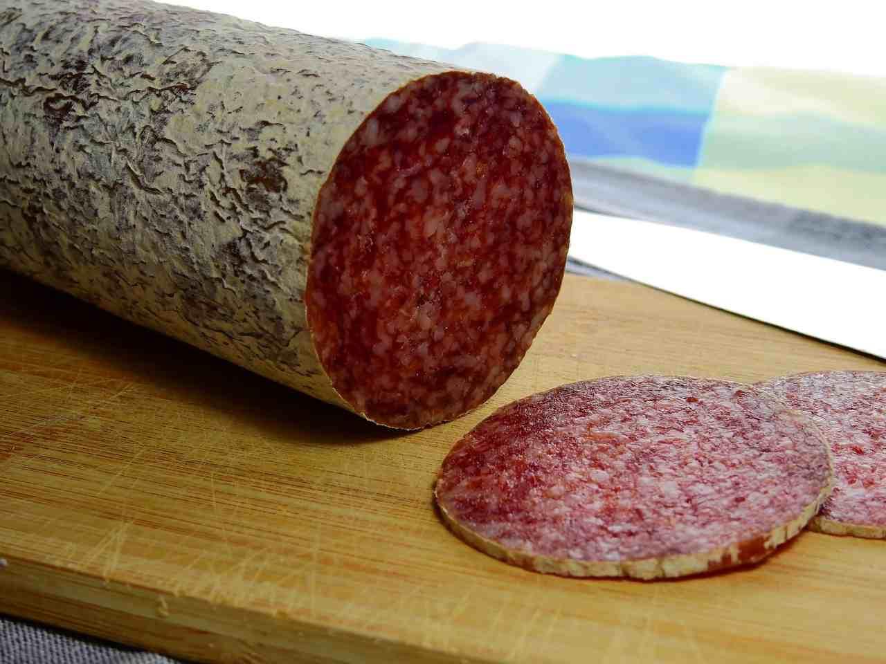 Stuzzichini al salame FOTO ricettasprint