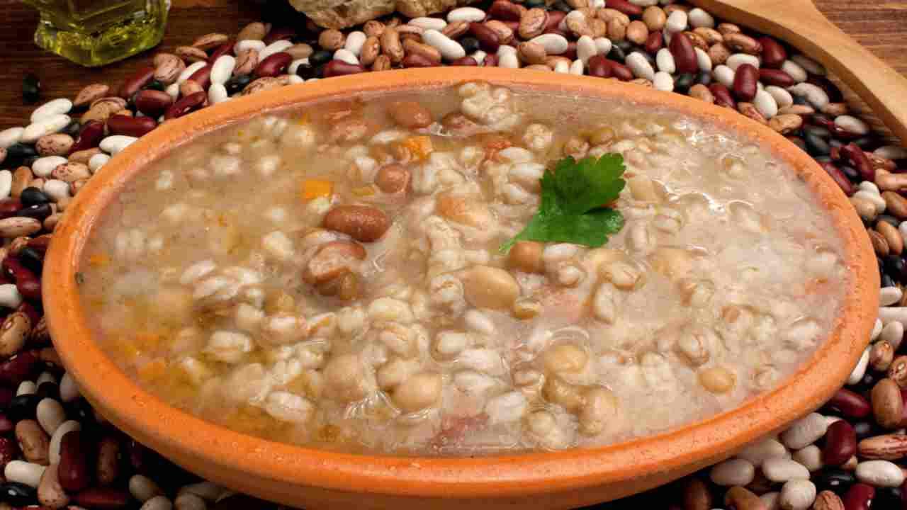 zuppa legumi e funghi