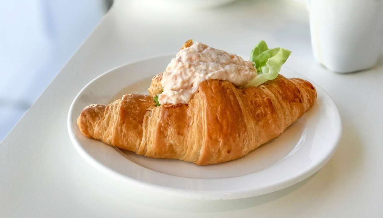 croissant farcito finge food