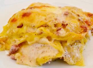 lasagna con pecorino besciamella e salsiccia