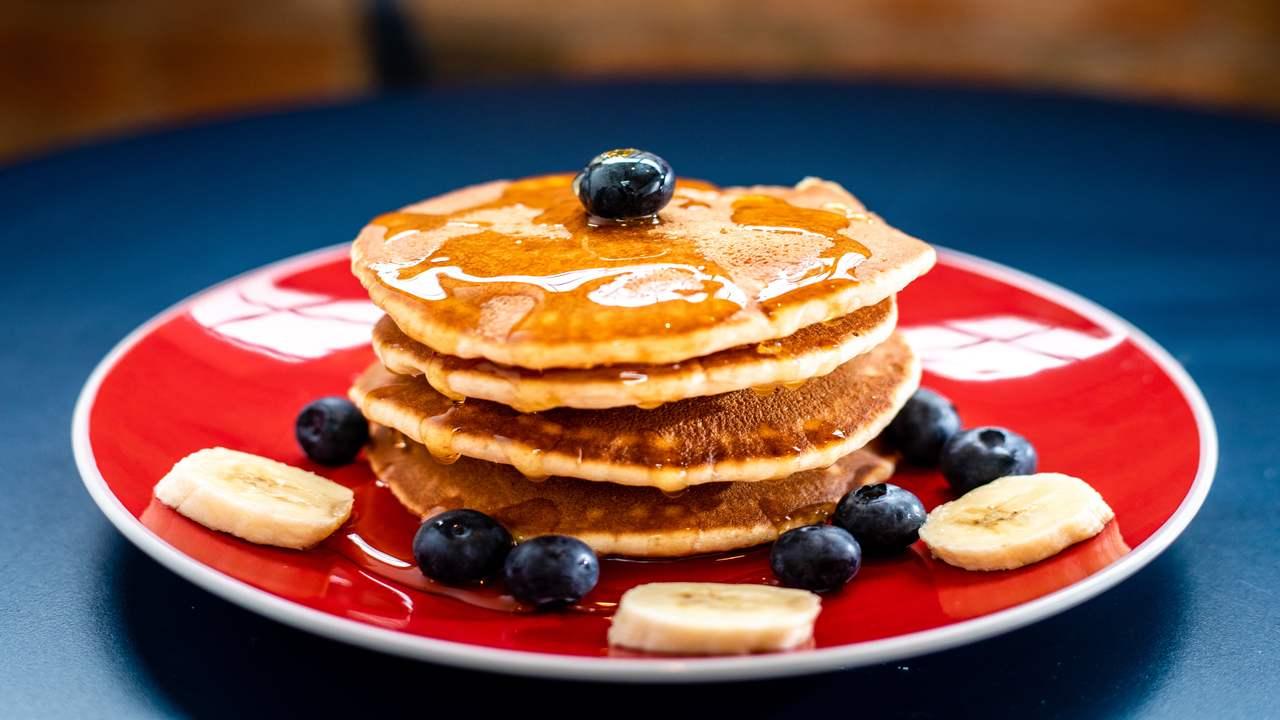 Pancake senza glutine con miele