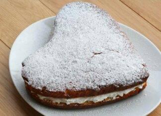 Torta Kinder Paradiso soffice con crema al latte