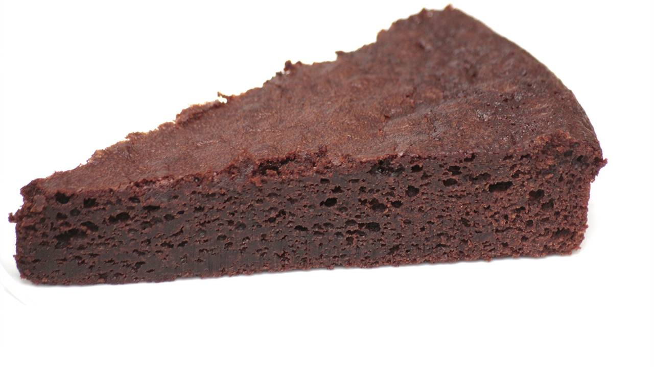 dessert morbido al cioccolato e rhum