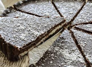 Dessert con cioccolato e crema di cocco