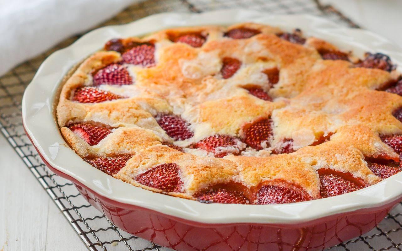 dolce con frutta fresca e cannella FOTO ricettasprint