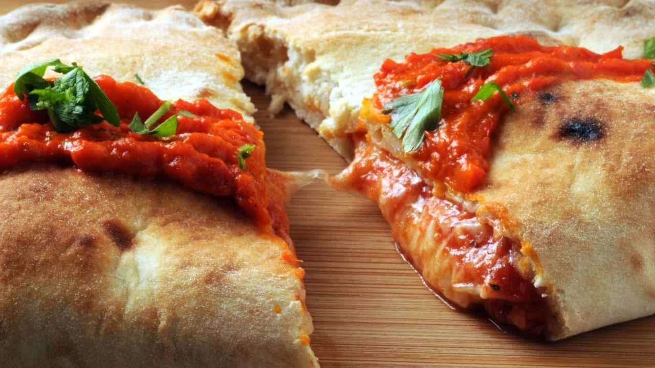 Calzone pomodoro mozzarella