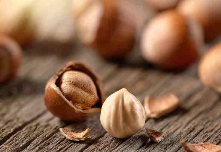 Crema di nocciole e pistacchi bianca FOTO ricettasprint