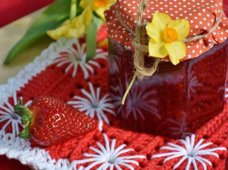 crostata dolce frutta confettura