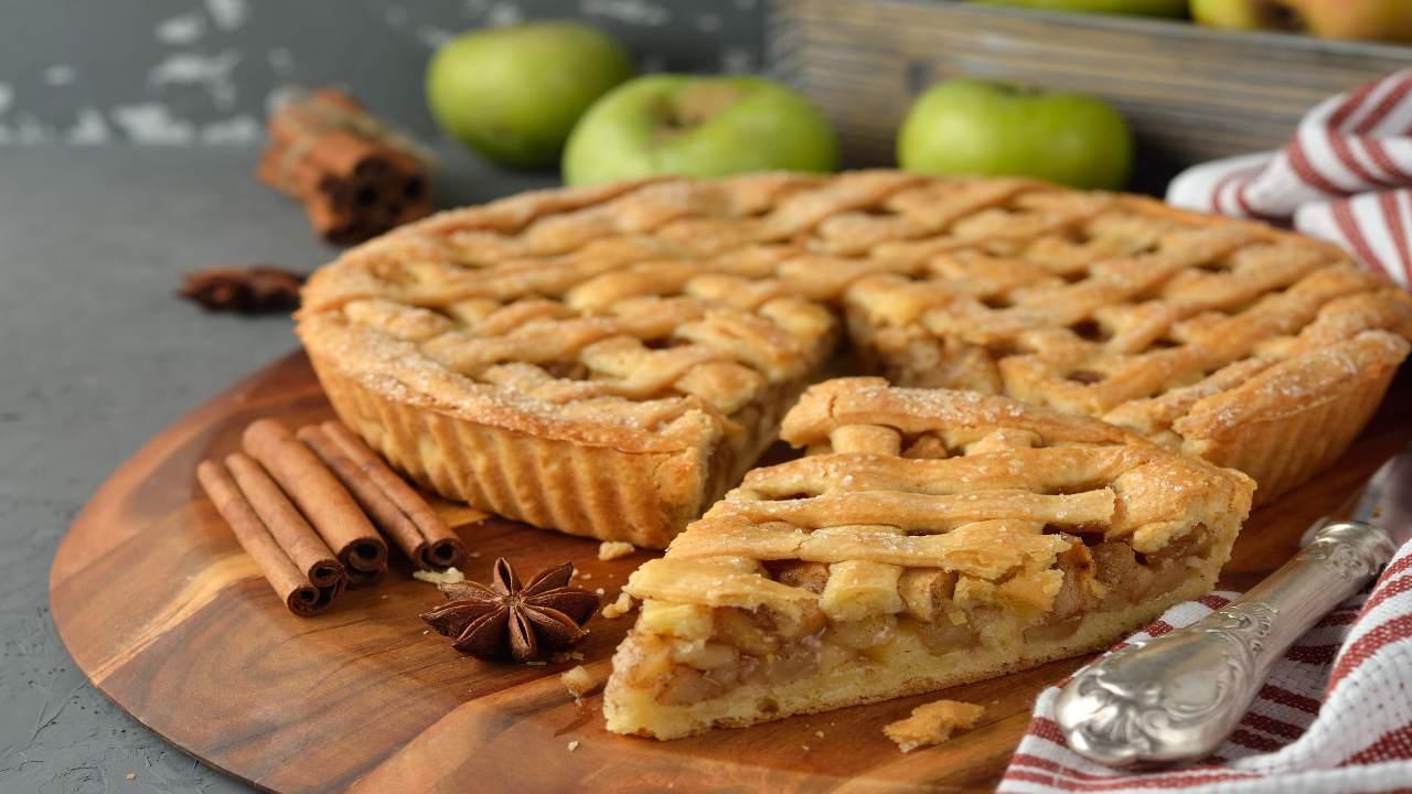 Crostata con mele e cannella