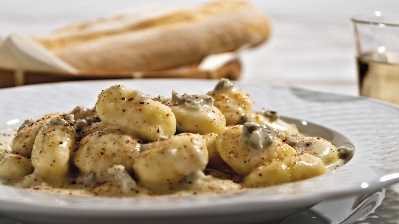 Pasta fresca con funghi