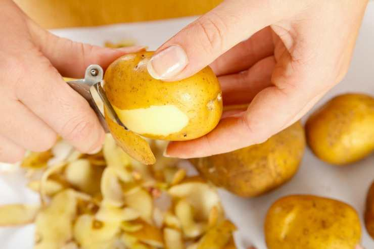 Patate al forno con funghi e mozzarella filante ricettasprint