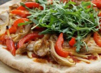 pizza peperoni funghi vegan olio di oliva