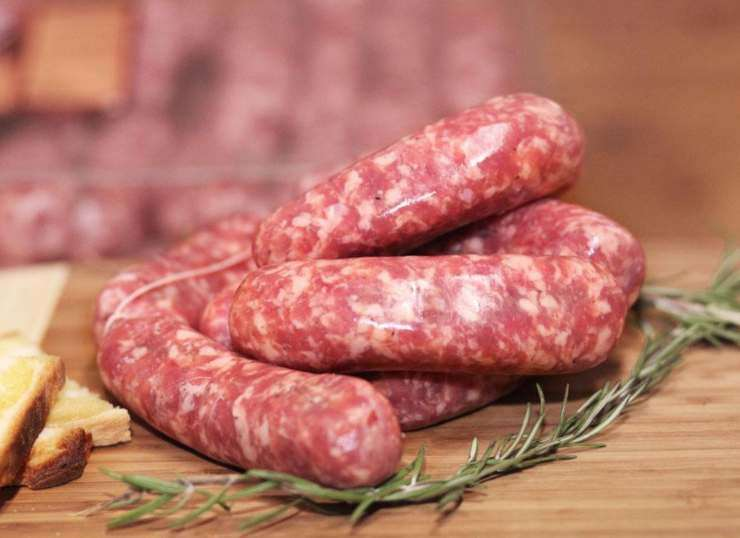 Polenta rustica con salsiccia e melanzane ricettasprint