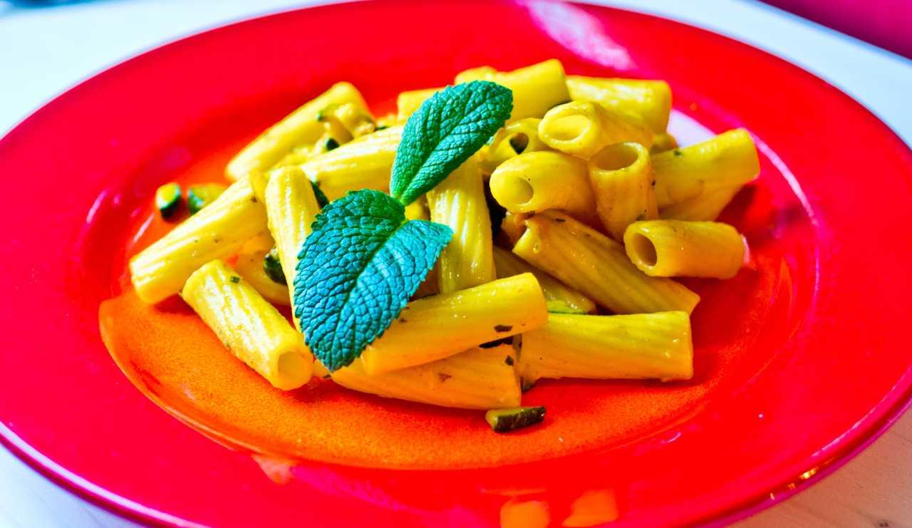 Rigatoni zucchine e zafferano ricettasprint