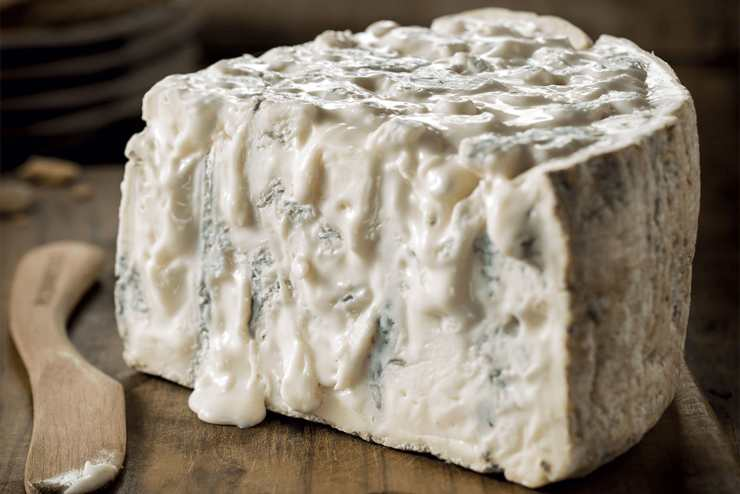 Sfogliata gorgonzola e noci FOTO ricettasprint