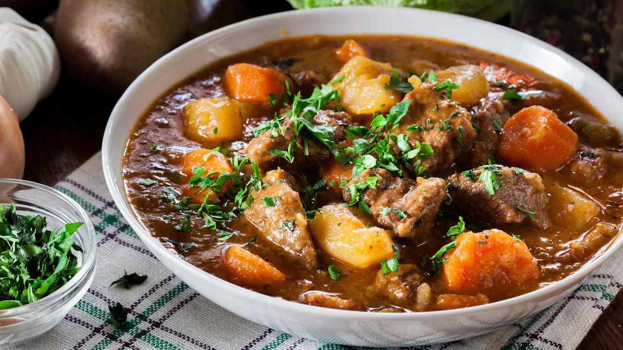 Carne con patate