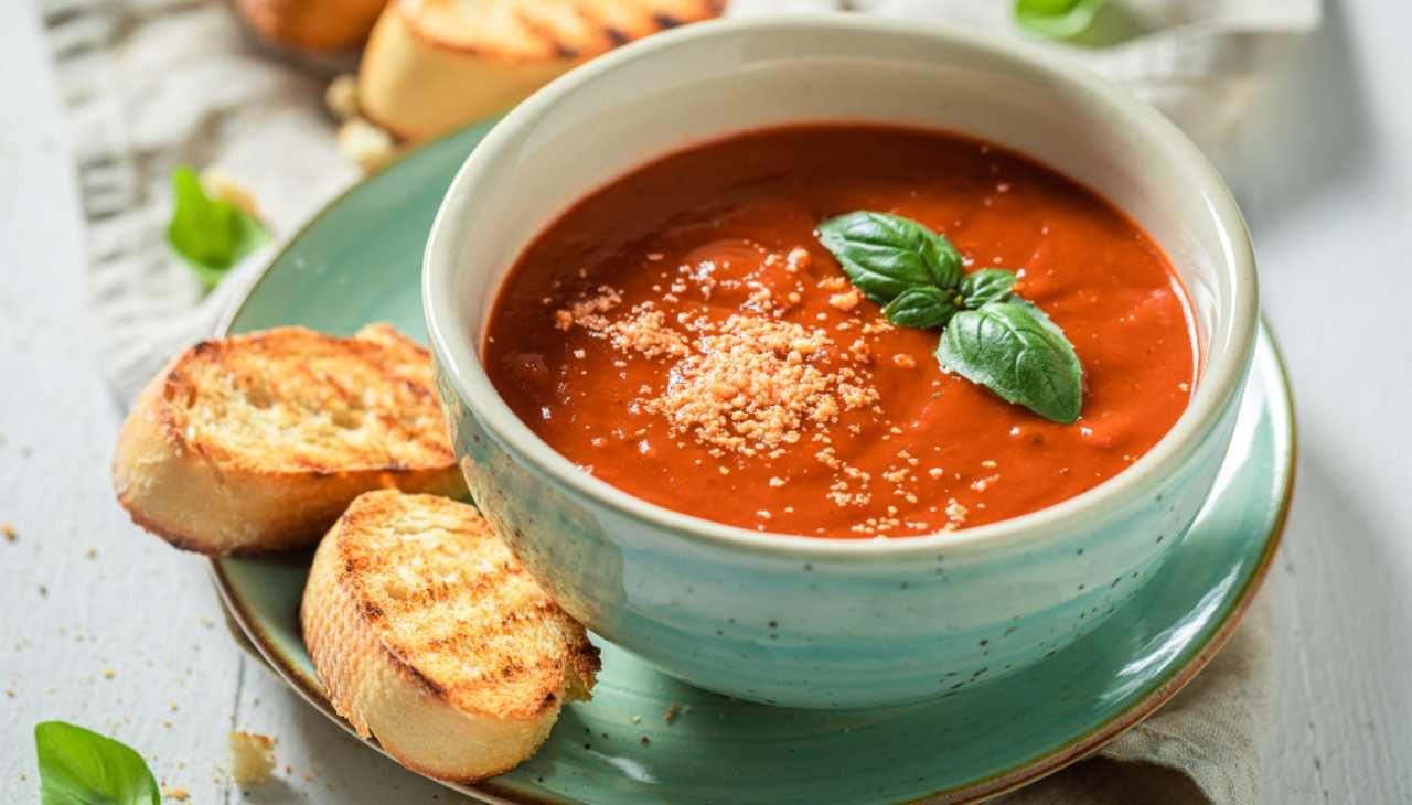 Zuppa pomodoro rosso facile