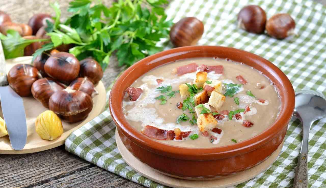 Zuppa di castagne con pancetta croccante ricettasprint