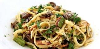 pasta con funghi pancetta e asparagi ricettasprint