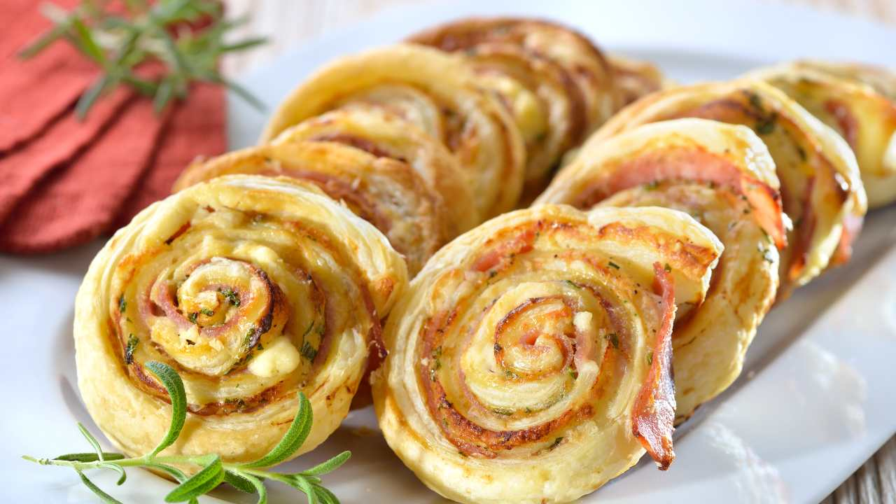 Rotolo di patate e prosciutto cotto in crosta
