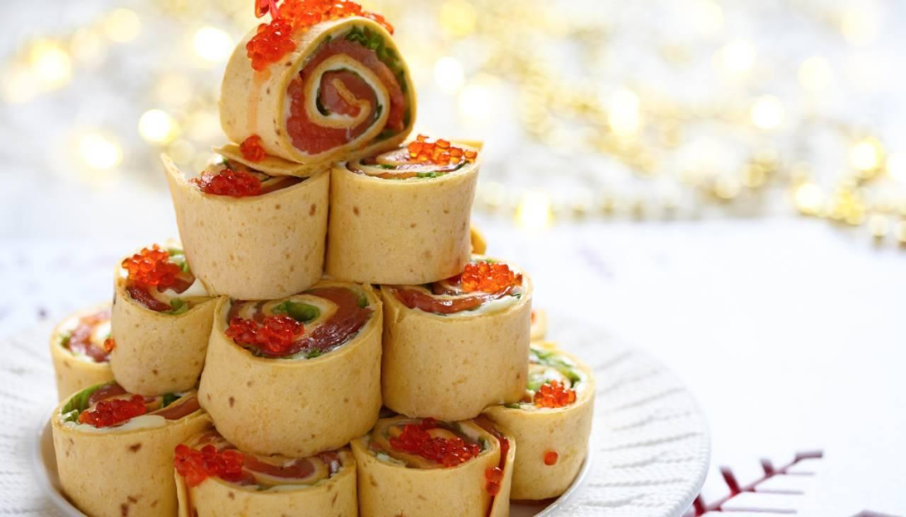 Albero di Natale di tartine al salmone ricetta
