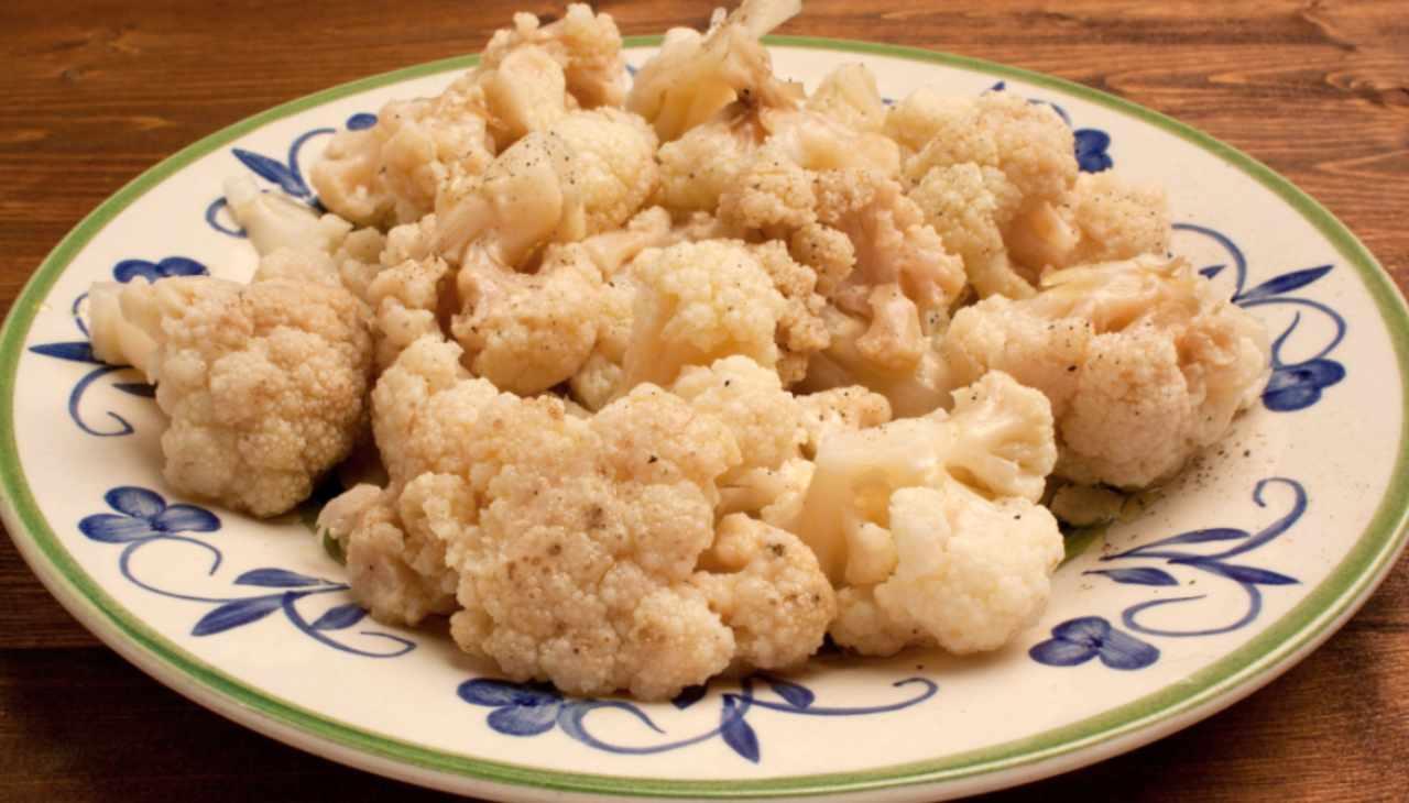 Cavolfiore sale e pepe ricetta