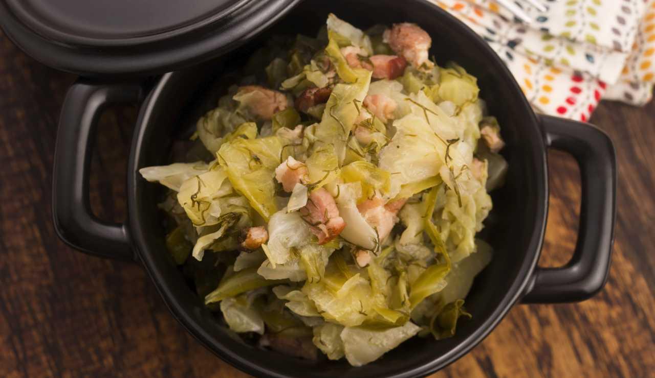Cavolo verza stufato con pancetta ricettasprint