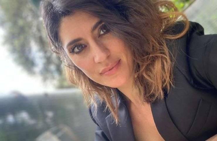 Elisa Isoardi esibizione complicata - RicettaSprint