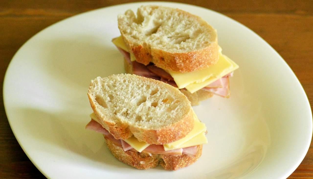 mini sandwiches veloci prosciutto cotto formaggio