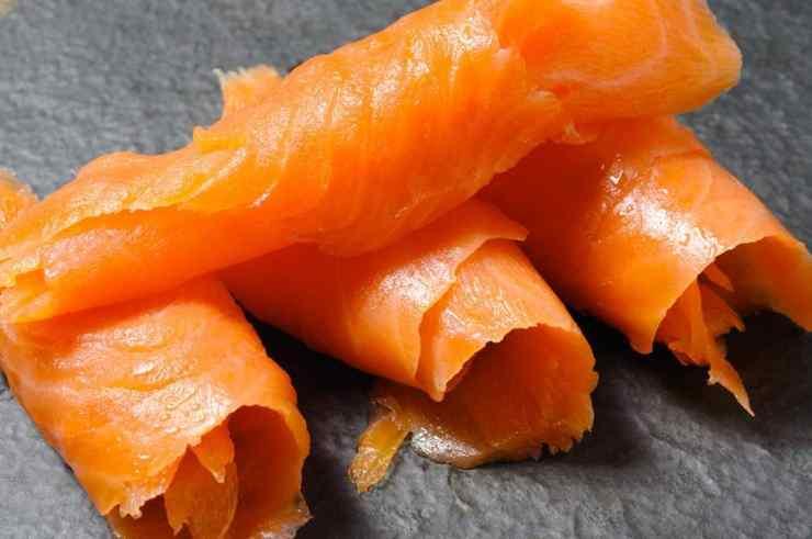 Stelle fritte ripiene con salmone FOTO ricettasprint