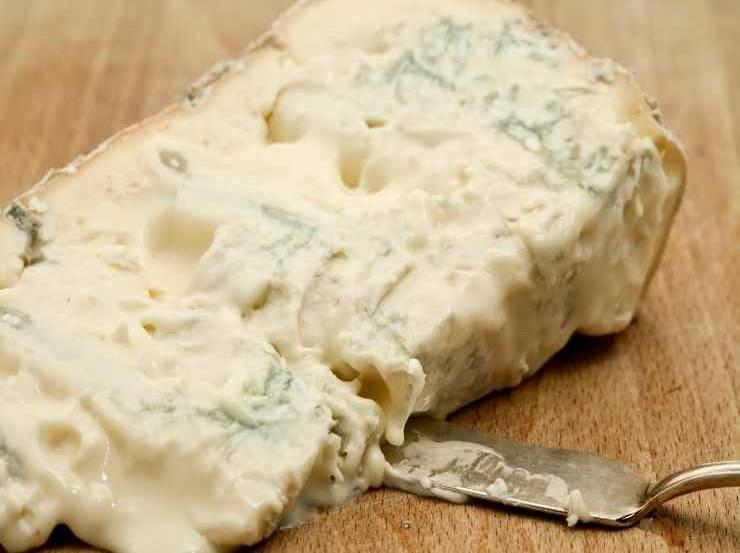 Pasta sfoglia con formaggi