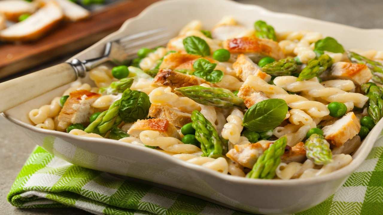 Pasta con asparagi