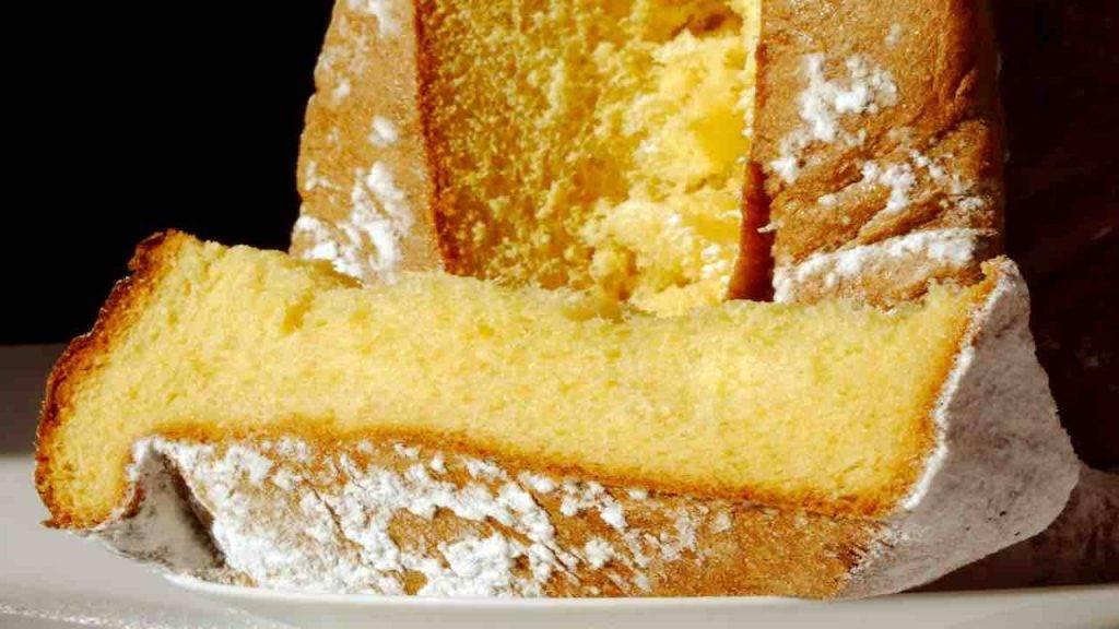 Zuccotto ripieno di crema al torrone FOTO ricettasprint
