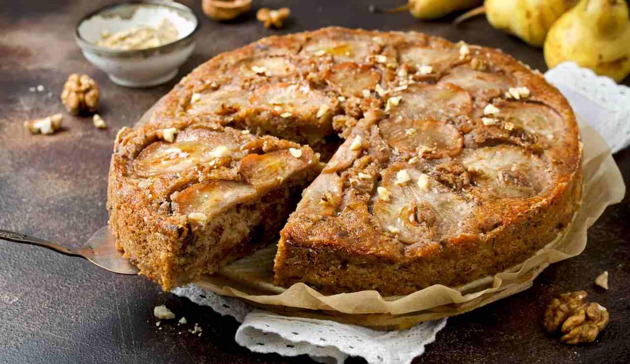 torta soffice pere noci e cioccolato ricettasprint