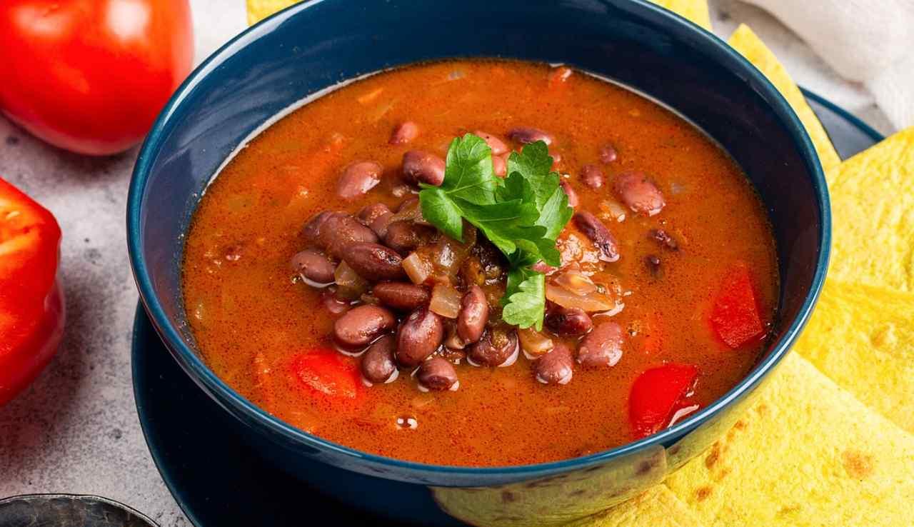 zuppa di fagioli e peperoni rossi ricettasprint