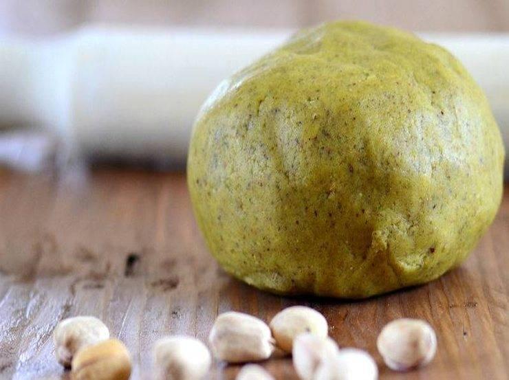 Dolci con crema di pistacchio