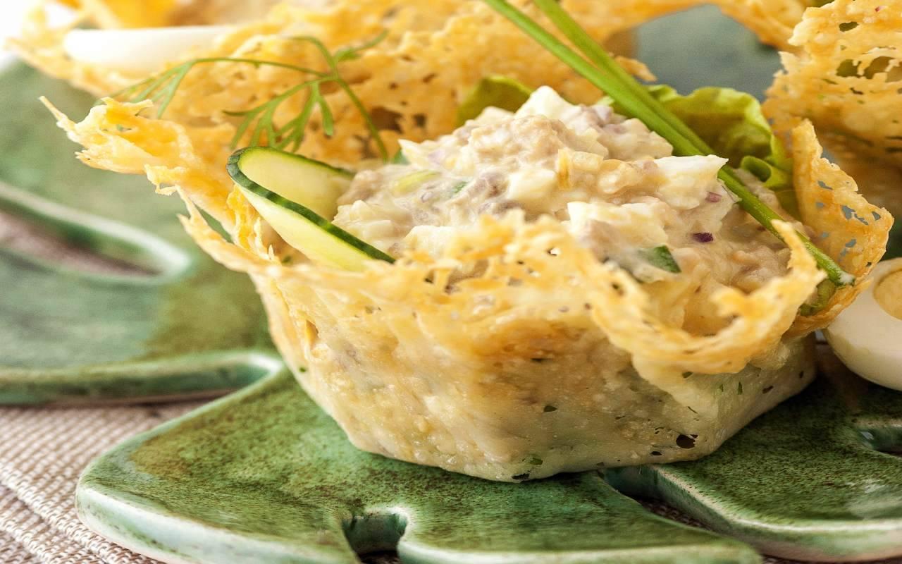 cestini parmigiano mortadella ricetta FOTO ricettasprint