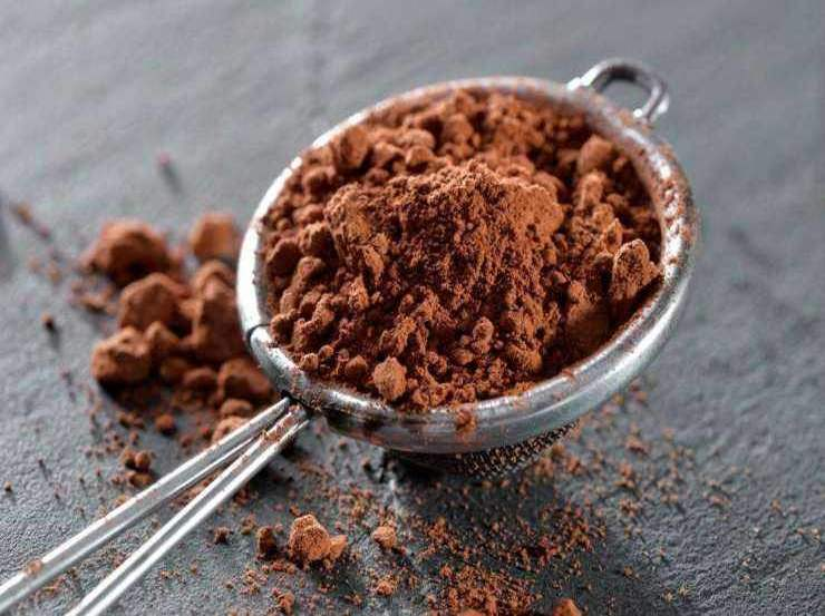 Cioccolata calda light con latte di mandorla FOTO ricettasprint