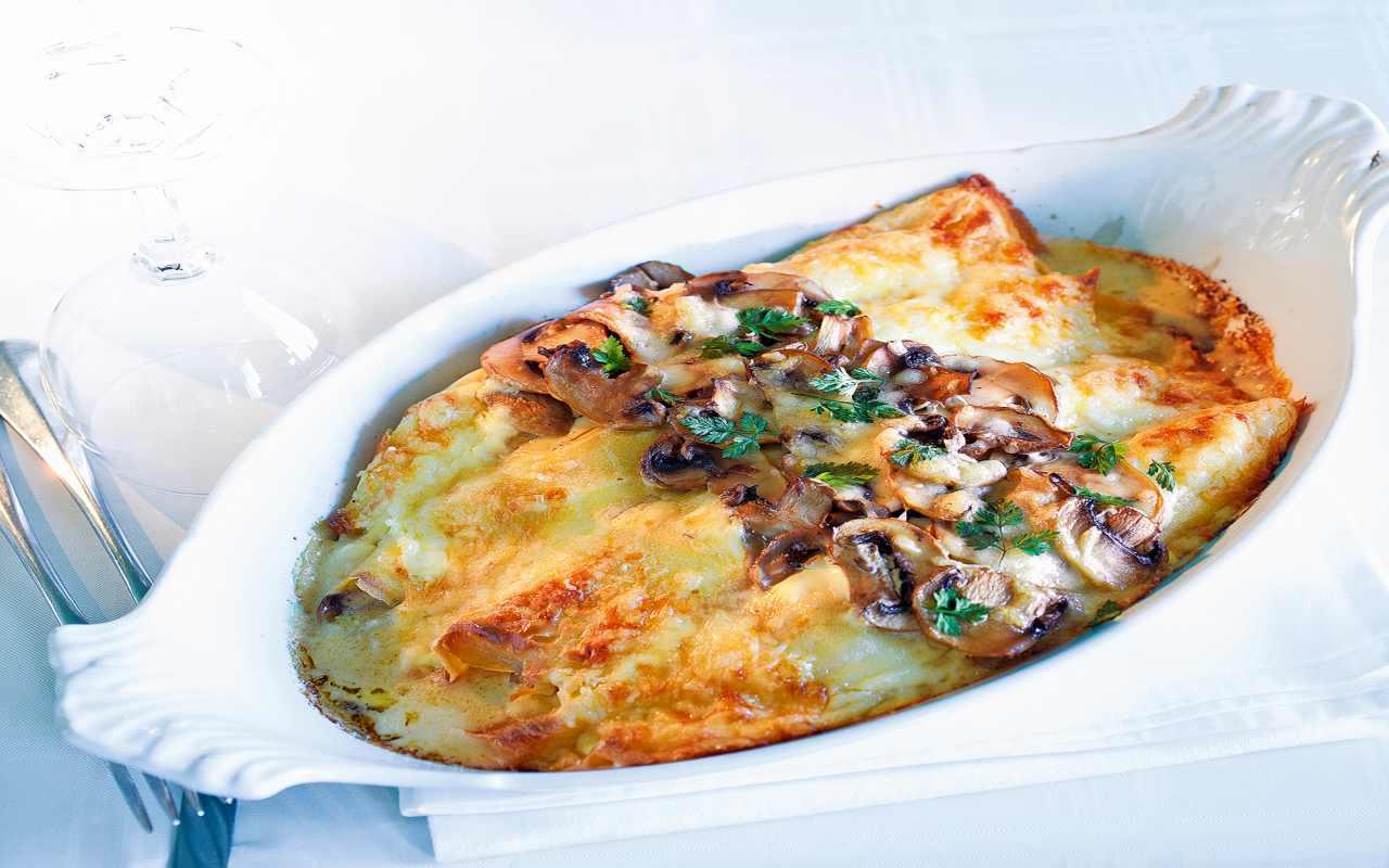crespelle peck castagne ricetta FOTO ricettasprint
