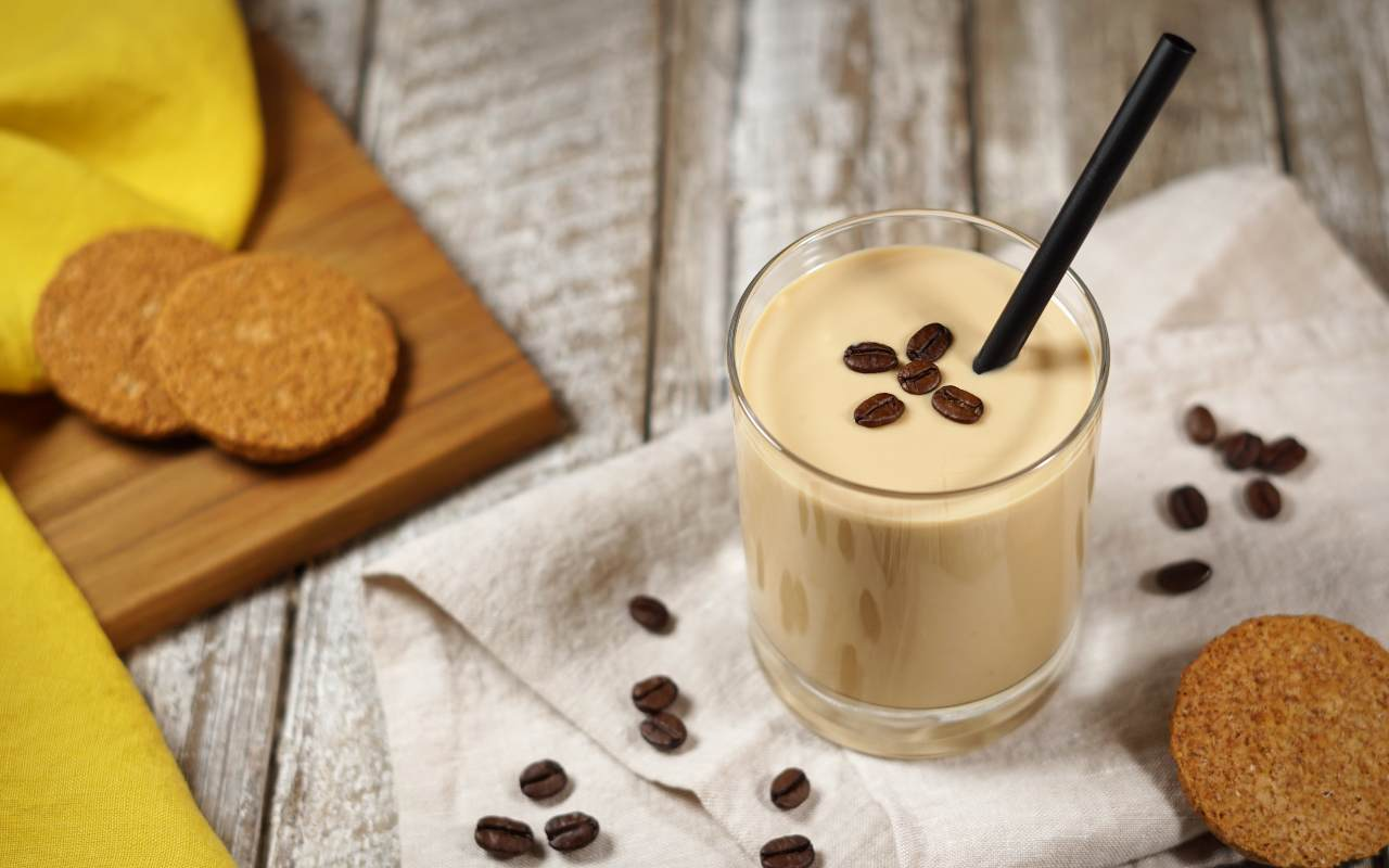 caffè espresso cucchiaio ricetta FOTO ricettasprint