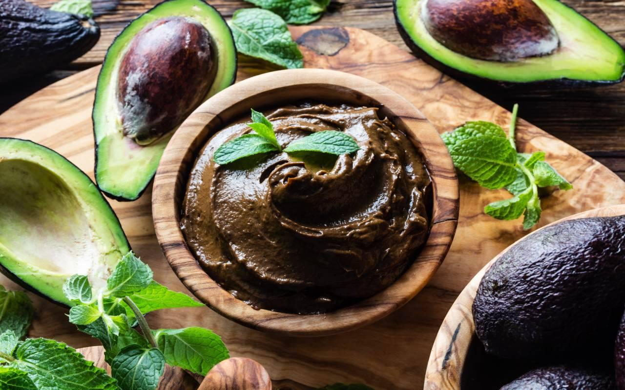 mousse cacao avocado ricetta FOTO ricettasprint