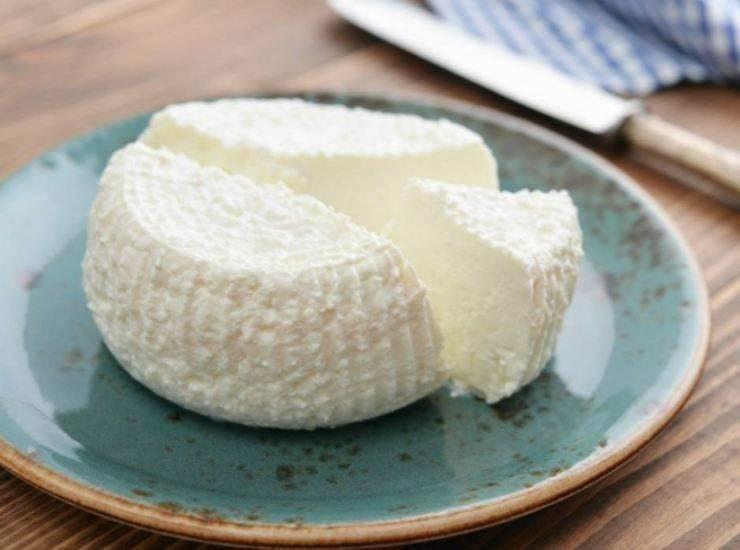 Panettone con crema al formaggio alla cassata ricetta