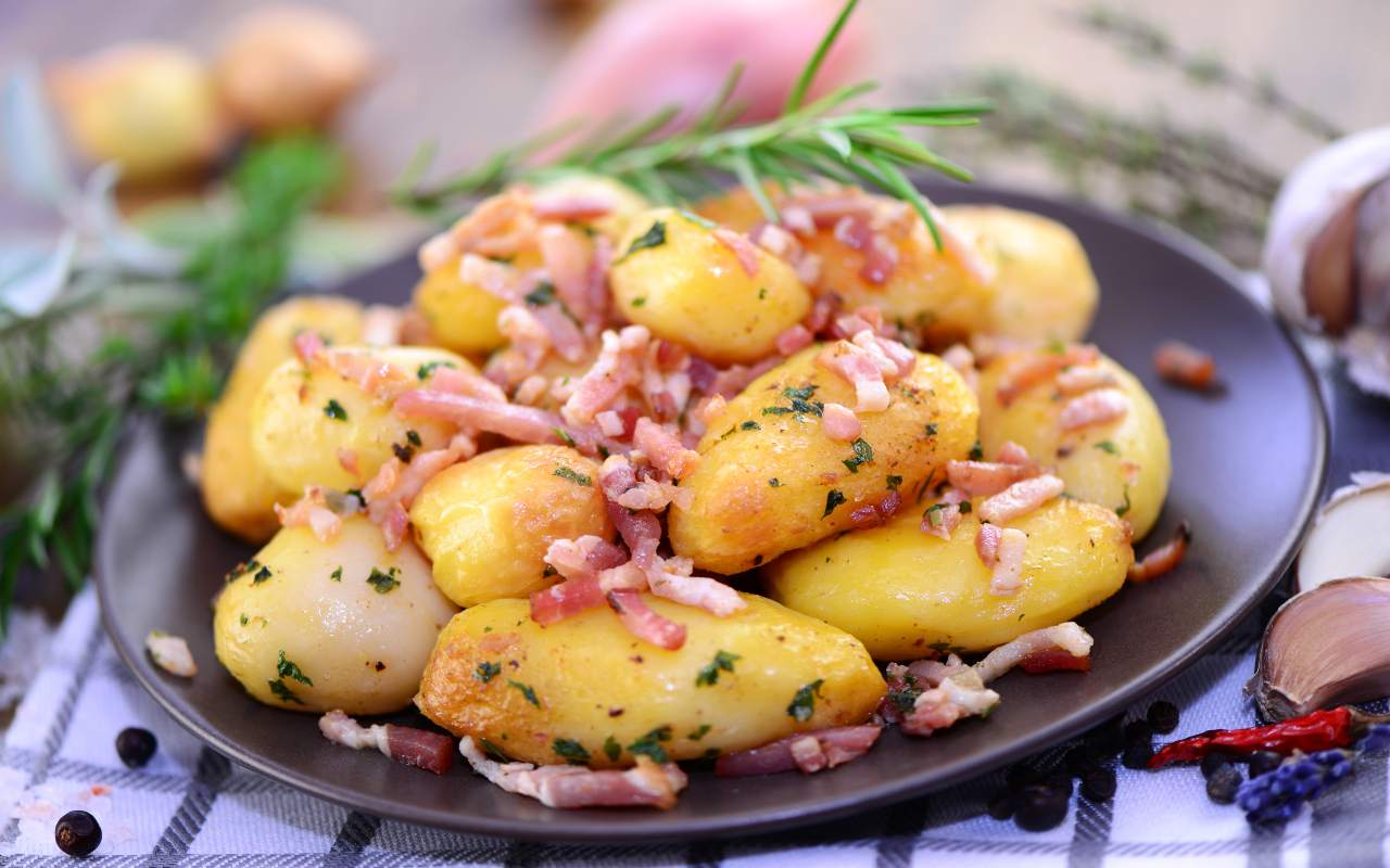 patate pangrattato speck ricetta FOTO ricettasprint