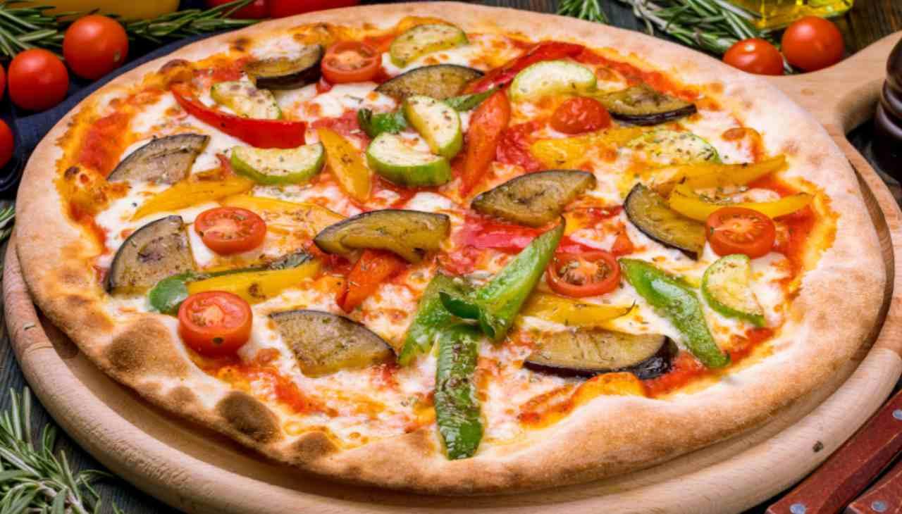Pizza vegetariana ricetta