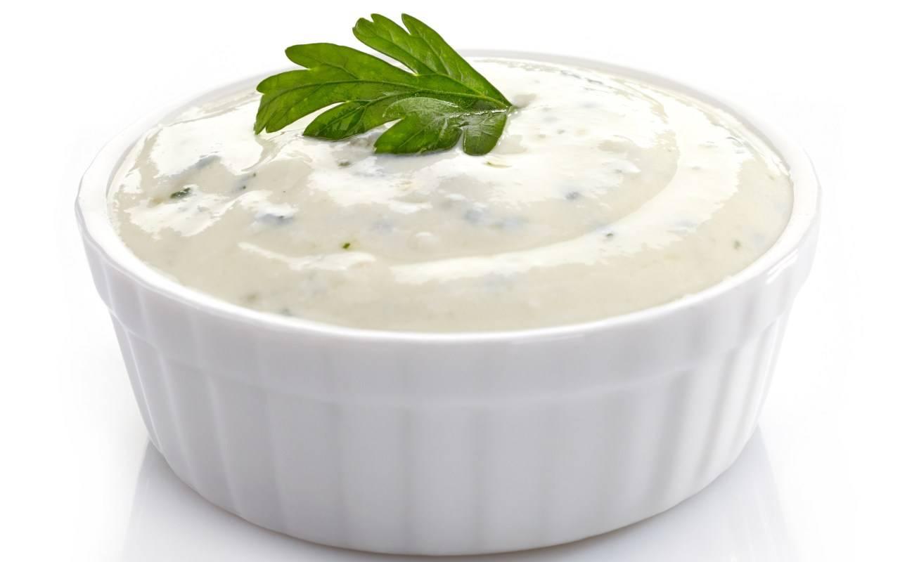 salsa aglio patate ricetta FOTO ricettasprint